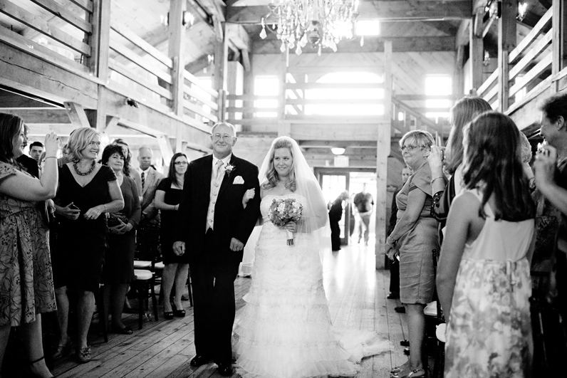 red lion inn barn wedding ceremony