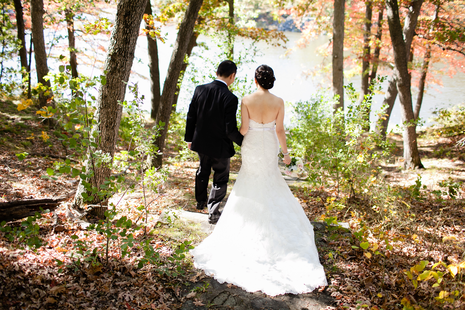 bridal portraits in the woods