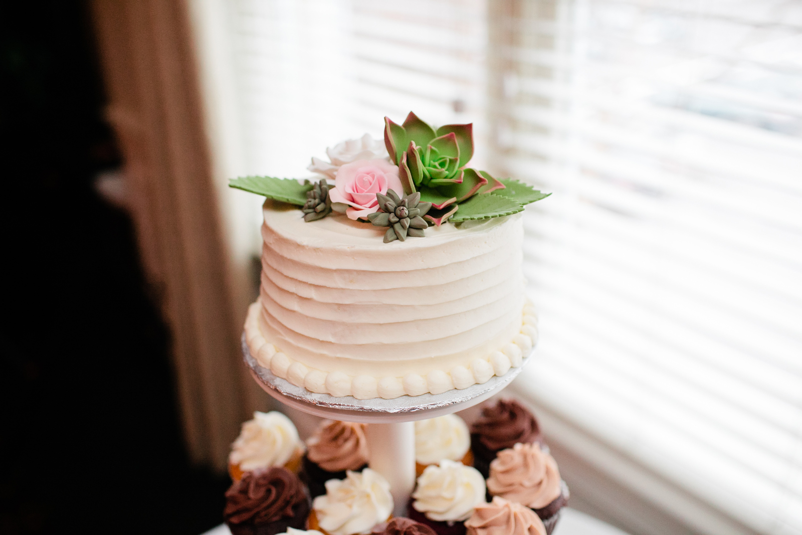 confectionately yours wedding cake - quincy ma